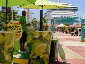 Mobil Mojito Lemon koktélpult St.Martin szigetén